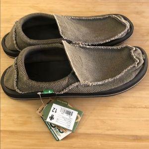 Men's Sanuk size 12 slip ons new w/ tags